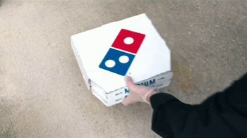 Domino's Mix & Match Deal TV Spot, 'Tomamos en serio la seguridad [Spanish] - Thumbnail 5