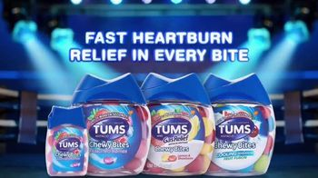 Tums Chewy Bites TV Spot, 'Tums vs. Mozzarella Stick' - Thumbnail 9