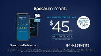 Spectrum Mobile TV Spot, 'Real People: $45 Per Line' - Thumbnail 9