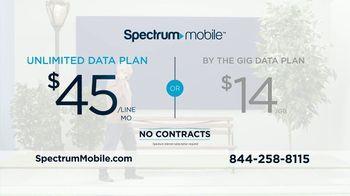 Spectrum Mobile TV Spot, 'Real People: $45 Per Line' - Thumbnail 3