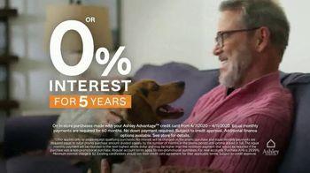 Ashley HomeStore TV Spot, 'Furniture Needs: Save 25 Percent' - Thumbnail 5