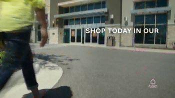 Ashley HomeStore TV Spot, 'Furniture Needs: Save 25 Percent' - Thumbnail 6