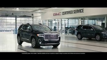 Buick & GMC Spot TV Spot, 'We're Here to Help: Healthcare Professionals' Song by Our Many Stars [T1] - Thumbnail 5