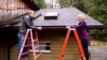 Allstate TV Spot, 'Tip 17: Roof Maintenance' Featuring Pete Nelson - Thumbnail 4