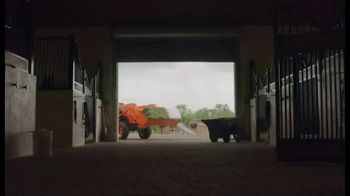 Kubota L2501DT Compact Tractor TV Spot, 'Getting Every Job Done Right' - Thumbnail 3