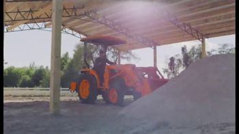 Kubota L2501DT Compact Tractor TV Spot, 'Getting Every Job Done Right' - Thumbnail 5
