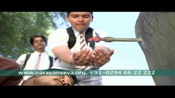 Narayan Seva Sansthan TV Spot, 'Help' - Thumbnail 5