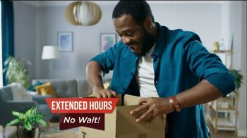 The HoneyBaked Ham Company, LLC TV Spot, 'Easter: Home Delivery' - Thumbnail 6