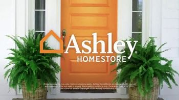 Ashley HomeStore Labor Day Mattress Sale TV Spot, 'Save on Tempur-Pedic' - Thumbnail 7