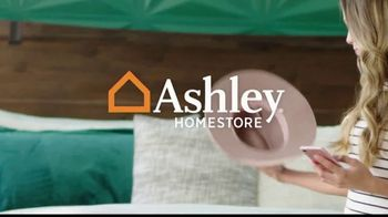 Ashley HomeStore Labor Day Sale TV Spot, '30% Off and Five Years Financing' - Thumbnail 1