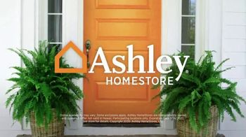 Ashley HomeStore Labor Day Sale TV Spot, '30% Off and Five Years Financing' - Thumbnail 9