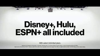 Verizon Unlimited TV Spot, 'Mix & Match 3.0: $1,000 Switcher' - Thumbnail 2
