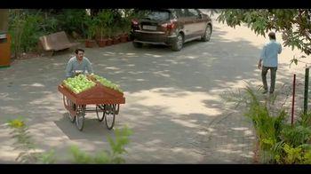 Dabur Green Fruit Juice Drink TV Spot, 'Fruit Vendor'