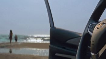 Chevrolet Labor Day Chevy Drive Event TV Spot, 'Find New Roads, Again' [T2] - Thumbnail 4