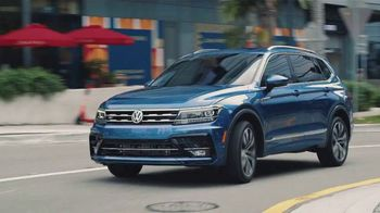 Volkswagen TV Spot, 'Community-Driven Promise: A New Day: Tiguan' [T2] - Thumbnail 1