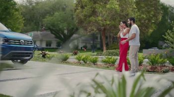 Volkswagen TV Spot, 'Community-Driven Promise: A New Day: Tiguan' [T2] - Thumbnail 5