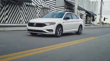 Volkswagen TV Spot, 'Community-Driven Promise: A New Day: Jetta' [T2] - Thumbnail 5