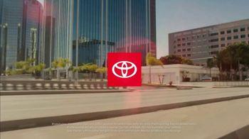Toyota TV Spot, 'Hybrid Power' Song by Elvis Presley [T1] - Thumbnail 1