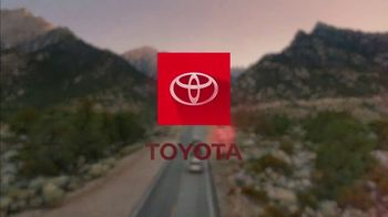 Toyota TV Spot, 'Hybrid Power' Song by Elvis Presley [T1] - Thumbnail 8