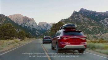 Toyota TV Spot, 'Hybrid Power' Song by Elvis Presley [T1] - Thumbnail 3