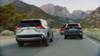 Toyota TV Spot, 'Hybrid Power' Song by Elvis Presley [T1] - Thumbnail 4