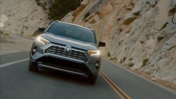 Toyota TV Spot, 'Hybrid Power' Song by Elvis Presley [T1] - Thumbnail 5