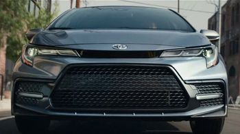 2020 Toyota Corolla TV Spot, 'The Pack' Featuring David Morse, Song by Alex Britten, AX UX [T2] - Thumbnail 7