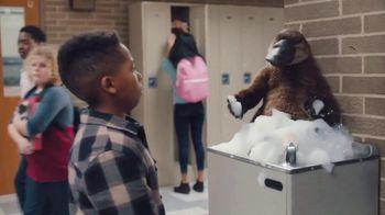 Lunchables With 100% Juice TV Spot, 'Mixed Up: School Hallway' - Thumbnail 6