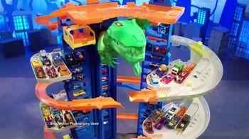 Hot Wheels City Ultimate Garage TV Spot, 'Hungry T-Rex' - Thumbnail 5