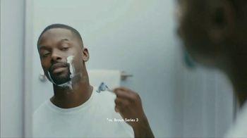 Gillette SkinGuard TV Spot, 'Not Too Close for Comfort' - Thumbnail 8