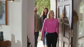 XFINITY Internet TV Spot, 'Open House: $25' Featuring Amy Poehler - Thumbnail 1