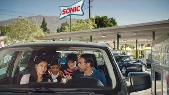 Sonic Drive-In Trick or Treat Blasts TV Spot, 'Me encanta' [Spanish] - Thumbnail 2
