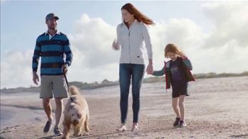 L.L. Bean Quilted Sweatshirt TV Spot, 'Made for This' Song by Cheryl Lynn - Thumbnail 9