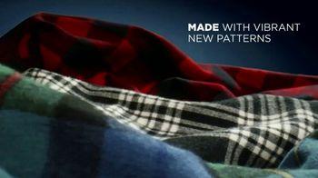 L.L. Bean Scotch Plaid Flannel Shirts TV Spot, 'Made for This' Song by Cheryl Lynn - Thumbnail 6