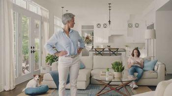 Febreze LIGHT TV Spot, 'Eliminar los malos oloroes' [Spanish] - Thumbnail 9