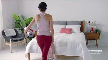 Mattress Firm Save Big Sale TV Spot, 'Save Up to $300 Plus Free Adjustable Base' - Thumbnail 6