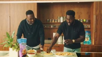 Tostitos TV Spot, 'Tostitos Homegate Heroes' Featuring Cliff Avril, Kam Chancellor - Thumbnail 5