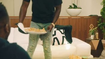 Tostitos TV Spot, 'Tostitos Homegate Heroes' Featuring Cliff Avril, Kam Chancellor - Thumbnail 7