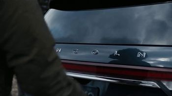 2020 Lincoln Aviator TV Spot, 'Warm Escape' Featuring Matthew McConaughey [T2]