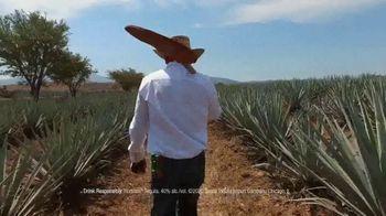 Hornitos Tequila TV Spot, 'Brindemos por una familia' [Spanish] - Thumbnail 6