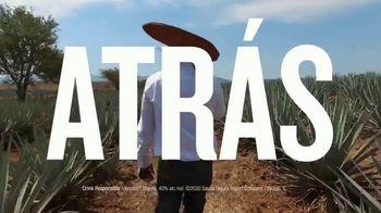 Hornitos Tequila TV Spot, 'Brindemos por una familia' [Spanish] - Thumbnail 7