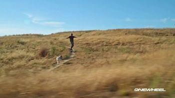 Onewheel TV Spot, 'Gliding on Air' - Thumbnail 10