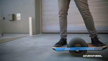 Onewheel TV Spot, 'Gliding on Air' - Thumbnail 8
