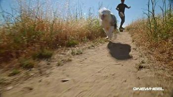 Onewheel TV Spot, 'Gliding on Air' - Thumbnail 9
