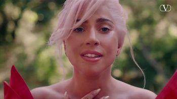 Valentino Fragrances Voce Viva TV Spot, 'Antes del amor' con Lady Gaga [Spanish]