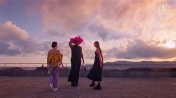 Valentino Fragrances Voce Viva TV Spot, 'La nueva fragancia' con Lady Gaga [Spanish] - Thumbnail 7