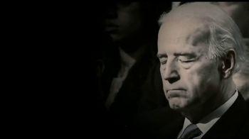 Donald J. Trump for President TV Spot, 'Law Enforcement on Joe Biden' - Thumbnail 4