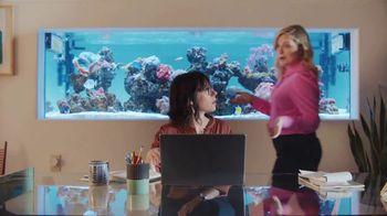 XFINITY Internet TV Spot, 'Open House: $39.99' Featuring Amy Poehler - Thumbnail 4