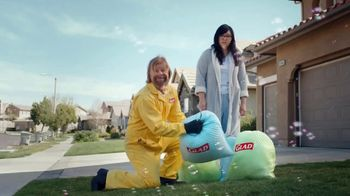 Glad ForceFlex Plus TV Spot, 'The Happiest Trash Bag' - Thumbnail 4