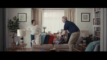 Progressive TV Spot, 'Dr. Rick: Pillows' - Thumbnail 9